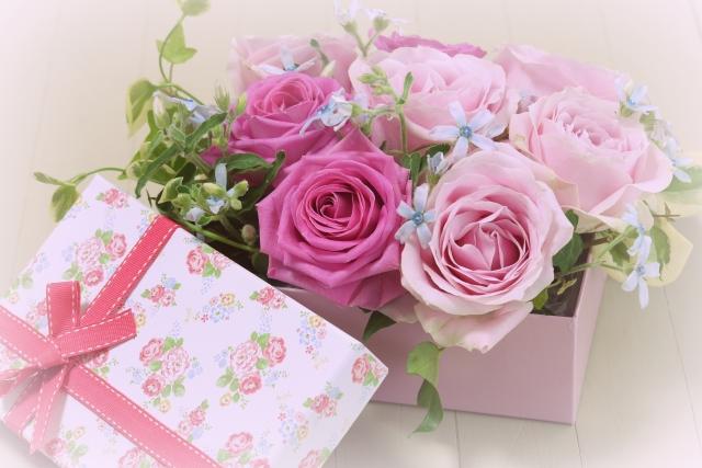 母の日にもらったことがあるプレゼントの1位は「花」