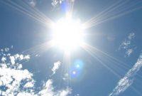 ギラギラ照り輝く太陽