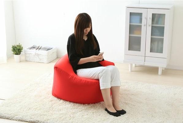 ソファー感覚で座ることもできる