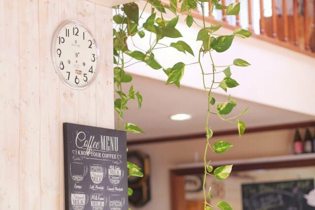 カフェの入り口