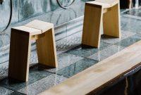 スタイリッシュなヒノキの風呂椅子