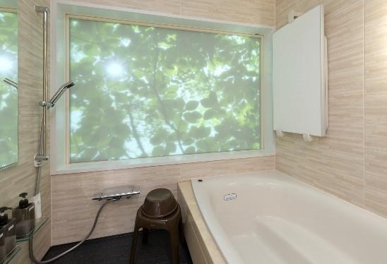 壁面に映像投影できるお風呂