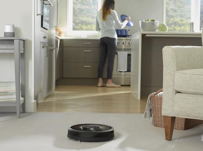 欠かせない存在になりつつある「ロボット掃除機」