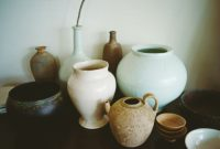 現代作家による器や骨董花器